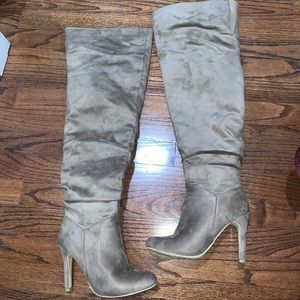 JustFab Over The Knee High Heel Boots Size 6 Wide